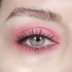 "1,325 Likes, 14 Comments - Katie Jane Hughes (@katiejanehughes) on Instagram: ""Simple pink!"""