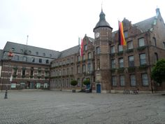 "Rathaus (city hall), Dusseldorf, Germany. The city hall complex consists of three buildings from different periods. The so-called ""old city hall"" at the northern side of Marktplatz, the ""Wilhelminischer Bau"" (period of the Emperor Wilhem II) and the ""Grupello house"" at the western side."