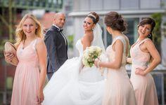 Fotoshooting am Düsseldorfer Medienhafen (c) C. Rusch / Hochzeitsreportage.tv