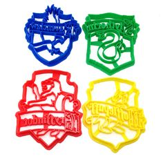Hufflepuff, Gryffindor, Ravenclaw and Slytherin House Crests, as cookie cutters! - Handmade - 3D Printed with ABS - Dishwasher safe Plastic cookie cutter ideal for cookie-cutter-compatible dough recip