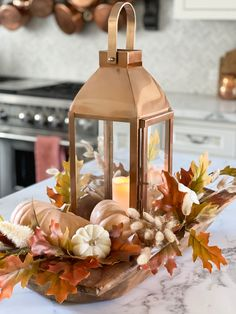 It's not fall if we aren't taking filling bowls with pumpkins & florals! Styling a dough bowl with a lantern is such a romanic way to add fall charm to your space. This post is going to show you how to style a dough bowl for your fall tablescape and this would be the perfect decor for a wine & cheese night table outside or a great addition to your bar in your kitchen. Place these anywhere in the home to bring more fall decor throughout the space. Diy Craft Projects, Diy Crafts, Pumpkin Flower, Centerpieces, Table Decorations, Dough Bowl, Thanksgiving Table, Fall Flowers, Rustic Chic