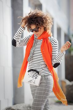 mix of prints, street style ideas with mixing prints outfits, fall outfit ideas, Ellena Galant Girl, (Mix Prints) Fresh Outfits, Chic Outfits, Fall Outfits, Fashion Outfits, Casual Fashion Trends, Latest Fashion Trends, Jacket Outfit, Moda Casual, Elegant Outfit