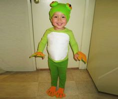 HOW TO: Make an Easy Eco-Friendly Frog Halloween Costume | Inhabitots