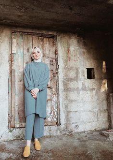 Jumpsuit Hijab, Hijab Gown, Casual Hijab Outfit, Hijab Chic, Modern Hijab Fashion, Muslim Fashion, Conservative Outfits, Islamic Clothing, Professional Attire