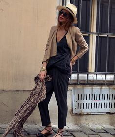 MAJA WYH - Swagga&Soul Leatherjacket, H&M Shirt, A La Fois Pants, Zara Shoes - >>>