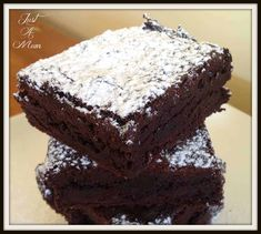 Absolutely delicious One Pot Chocolate Brownie, I make this ALL the time, it is so easy to make, quick, rich dense and fudgy. Cake Mix Recipes, Cereal Recipes, Brownie Recipes, Baking Recipes, Cookie Recipes, Quick Brownie Recipe, Chocolate Recipes, No Bake Brownies, Fudgy Brownies