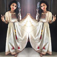 Full outfit Post on request Toh halloooo hallooo...... #gujjusunburn #instapic #bloggerlife #potd #ootd #awwlife #awwbypriyanka #tassels #stylist