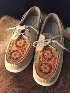 Hand tooled Topsider Tops by Anne Martinez Custom Leather