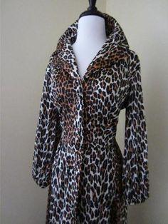 VANITY FAIR Leopard Print Dressing Gown Robe Hostess Dress Silky Nylon