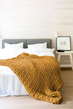 Vintage Bedroom Mustard yellow chunky knit blanket - Decorate your farmhouse or country home with this rustic style handmade home decor. Mustard yellow color is a must have color for vintage projects and looks. Mustard Bedding, Yellow Bedding, Bedding Sets, Handmade Home Decor, Vintage Home Decor, Mustard Yellow Bedrooms, Mustard Bedroom, Mustard Yellow Decor, Yellow Home Decor