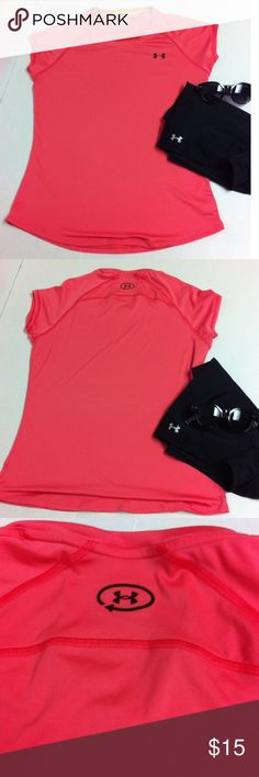 Melon Under Amour semi fitted top Melon top by Under Amour. No flaws. Size med but a looser fit. Price firm bundle for discount Under Armour Tops