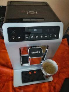 Werbung Mein Gast für die nächsten 4 Wochen Krups Quatro Force, chic gell #krups #kaffee #vollautomat #kaffeemaschine #produkttest