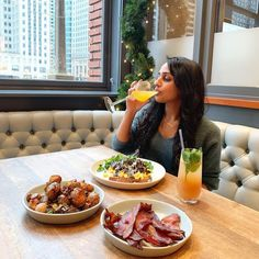 """Kanchan Garg on Instagram: """"NEW HOLIDAY BRUNCH ALERT - I'm a fan of the regionally-inspired dishes and real ingredients @thekitchen! 😁 I welcomed the decadence of all…"""" Best Brunch Chicago, Fan, Dishes, Inspired, Holiday, Instagram, Vacations, Tablewares, Holidays"""