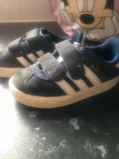FOUND-RedcarMy children's nana picked these little trainers up on Redcar beach…