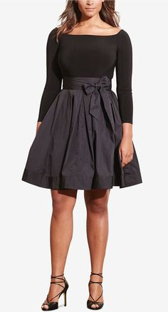 Wedding Outfits 2019 - 27 Plus Size Wedding Guest Dresses {with Sleeves} - Plus Size Fashion for Women . Plus Size Wedding Guest Outfits, Outfits Plus Size, Plus Size Dresses, Top Fashion, Curvy Fashion, Fashion Styles, Fashion 2017, Style Fashion, Fashion Women