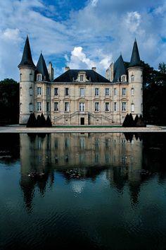Château Pichon ~ Longueville ~ Comtesse de Lalande ~ Boredaux ~ France