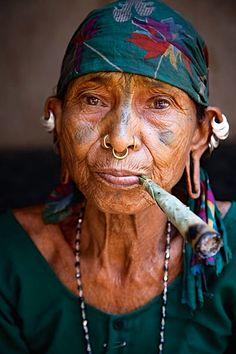 Soura woman - Jammu and Kashmir, India.