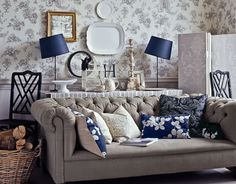 English Country Homes Living Room Home Decor << great house design