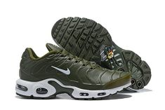 3f87726220 Nike Wmns Air Max Plus TN Se Olive Green White , gets a fresh makeover with