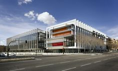 Rafael De Lahoz_ Campus Repsol en Madrid. España