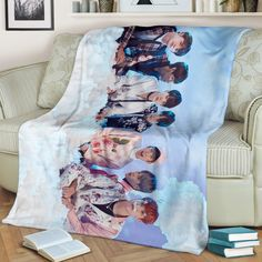 Bts Love Yourself Blanket Army Decor, Army Room Decor, Bedroom Decor, Mochila Do Bts, Bts Official Light Stick, Bts Love Yourself, Bts Merch, Teen Girl Bedrooms, Craft Stick Crafts