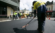 Guardian 20 mei 2015: Asphalt mix made with recycled printer toner paves way for eco-friendly roads