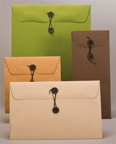 string tie envelopes are awesome! 28 colors... 6x6 for CDs, 10 for $8.90... 9x12 size for 8x10s, 10 for $13.90