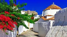 5 Greek Islands You Must See - Holiday Place, Most Beautiful Holiday Places, Places to Visit Greek Island Tours, Greek Islands, Lonely Planet, Beautiful Islands, Beautiful Places, Shore Excursions, We Are The World, Greece Travel, Greece Trip