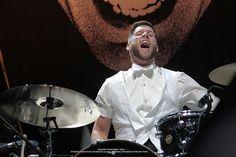 Chris Dangerous (The Hives) / Corona Capital 2012 Concert Photography, Music, Concerts, Corona, Musica, Musik, Muziek, Music Activities, Songs
