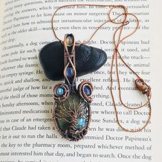 Tree of Life Labradorite Antiqued Copper Wire Wrapped Pendant.   @heliumjoy  Heliumjoy.etsy.com  #handmade #handmadejewelry #jewelry #labradorite #wirewrap #wirewrapped #wirewrappedjewelry #wirewraplabradorite #copperpendant #pendant #wirewrappedpendant #heliumjoy #antiquedcopperpendant #treeoflife #multistonependant treeoflifependant #treeoflifecabochonpendant #wirewraptreeoflife