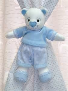 th (225×300) Quilting Projects, Sewing Projects, Sock Bunny, Curtain Holder, Smurfs, Dinosaur Stuffed Animal, Teddy Bear, Quilts, Toys