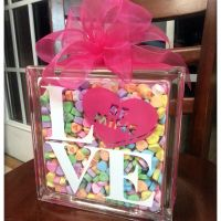 DIY Sweetheart Glass Block Tutorial {with free cute file}
