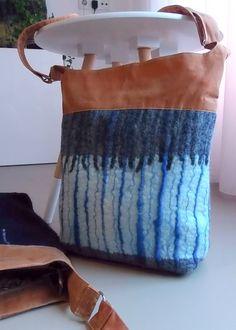 hand made wool felt and waxed cotton bags. handgemaakt wollen vilt en gewaxed canvas tassen