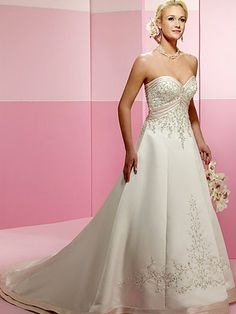 Sweetheart Strapless Neckline White Wedding Dress