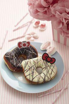 Hello Kitty doughnuts Julie would go crazy @Zaida Limones