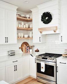 Kitchen Redo, Home Decor Kitchen, New Kitchen, Home Kitchens, Kitchen Remodel, Kitchen Design, Dream Kitchens, Kitchen Ideas, Home Interior