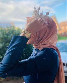 Stylish Hijab, Modest Fashion Hijab, Arab Girls Hijab, Muslim Girls, Girls Dp Stylish, Stylish Girl Images, Hijabi Girl, Girl Hijab, Teenage Girl Photography