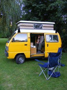 Bedford Rascal camper – Dessert World Pop Top Camper, Tiny Camper, Car Camper, Camper Life, Micro Campers, Motorhome, Minivan Camper Conversion, Suzuki Carry, Kei Car
