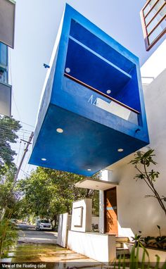 CUBE SQUARE - Prasanna House is illustrative, where an urban context has been transformed into an intimate and tranquil living space. Skylight Covering, Modern Tree House, Louvered Shutters, Concrete Staircase, Latest House Designs, Exposed Concrete, Ground Floor Plan, Minimal Decor, Dream Home Design