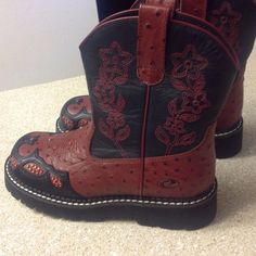 New Woman Leather studded boots in size 5 Cute leather boots in red and black.  Size 5 for woman.  By Roper.  Black platform.  Floral and stud design.  New with plastic tags.  No paper tag or box for these. Roper Shoes