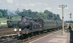 BR (Southern) X4E class  0-6-2 T Southern Trains, Uk Rail, Heritage Railway, Steam Railway, Train Times, Railway Posters, Old Trains, British Rail, Great Western