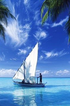Sailing on the Indian Ocean - my next boat? Segel Im Wind, Dream Vacations, Vacation Spots, The Places Youll Go, Places To See, Beautiful World, Beautiful Places, Beautiful Scenery, Beautiful Islands
