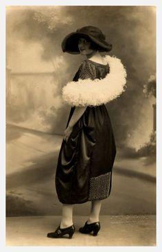 Amàlia Soler, en una foto d'estudi, la germana de Gabriel
