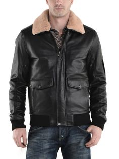 Mens Leather Bomber Jacket, The Walzar Leathers brand stands for sophisticated jackets and for collections that combine current trends with the highest level of sporty elegance.