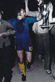 Alan Hudson of Chelsea with the Euro Cup Winners Cup trophy in Athens in May Chelsea Football, Chelsea Fc, Chelsea Players, European Cup, Athens, Finals, Blues, English, Garden