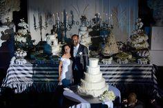 Confettata luxury chic tra argento e gigli a Villa Guarracino
