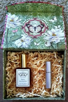 New gift boxes on my etsy store https://www.etsy.com/listing/88816148/natural-perfume-gift-box-special-sale-50?ref=shop_home_active_8 …