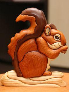 Saved from lobzik. Intarsia Wood Patterns, Wood Carving Patterns, Wood Carving Art, Intarsia Woodworking, Woodworking Patterns, Wooden Art, Wooden Crafts, Bois Intarsia, Squirrel Art