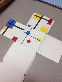 The Artsy Fartsy Art Room: Mondrian Inspired Cubes! Art Projects For Adults, Toddler Art Projects, Mondrian Art Projects, Middle School Art, High School, Piet Mondrian, Art Cube, 7th Grade Art, Ecole Art