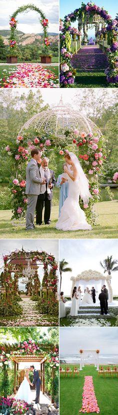 25 Beautiful Summer Wedding Altar Ideas - Floral Arrangement
